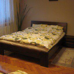 Łóżko i szafka nocna