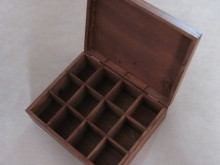 Pudełko dwunastodzielne