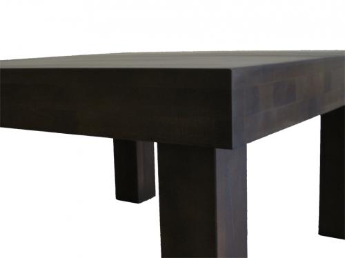 Masywny stolik kawowy z drewna bukowego