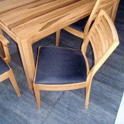 stół z buka twardzielowego