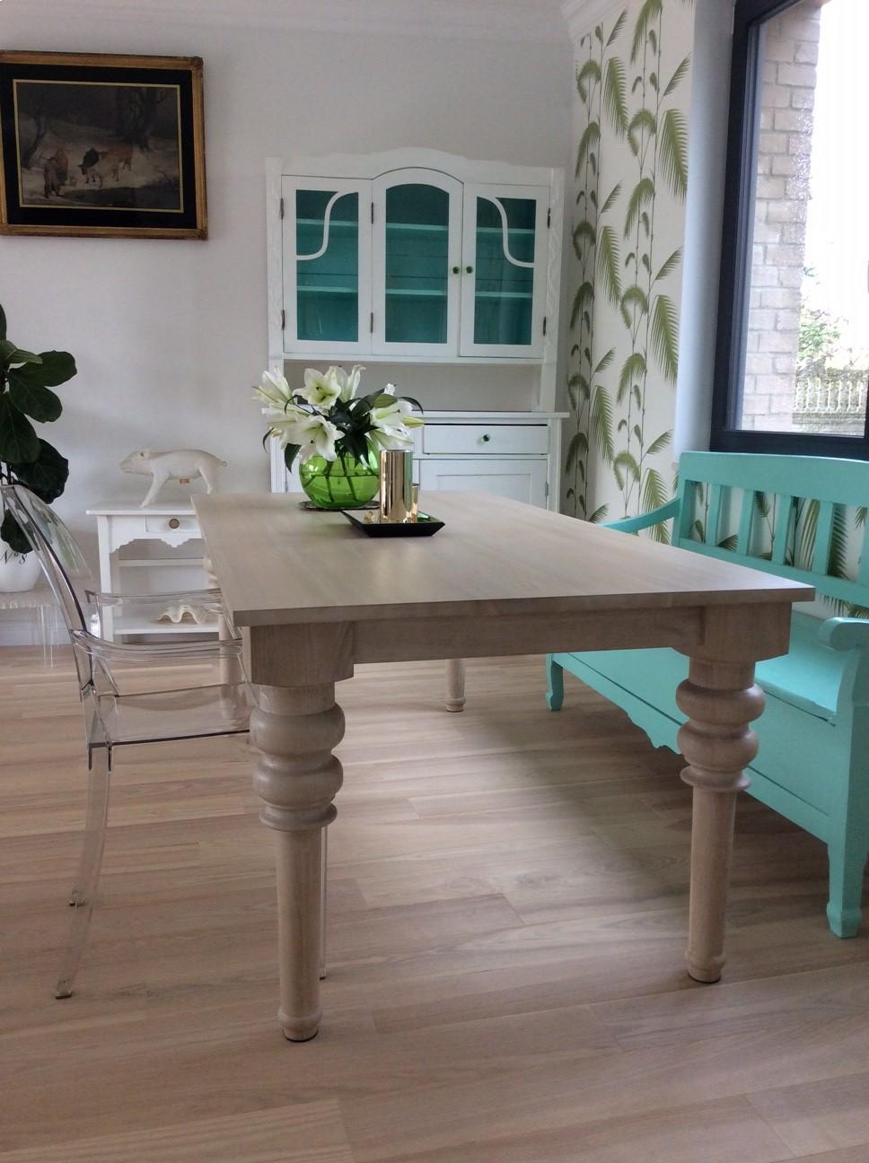 stół dębowe z toczonymi nogami