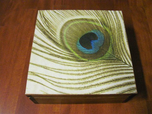 kuferek z drewna