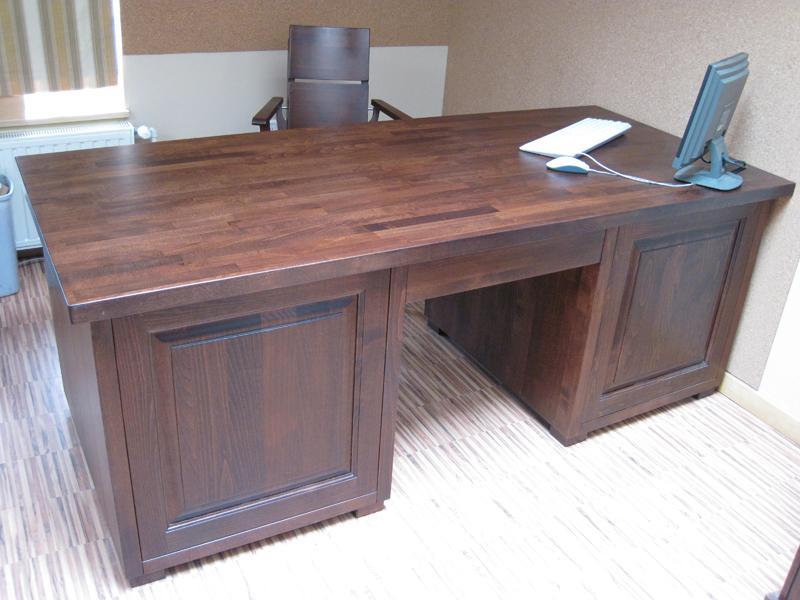biurko drewniane
