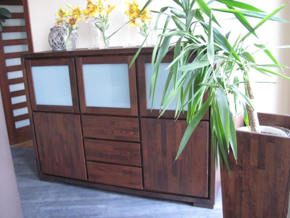witryna drewniana, witryna do salonu
