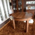 krzesła drewniane stół okrągły