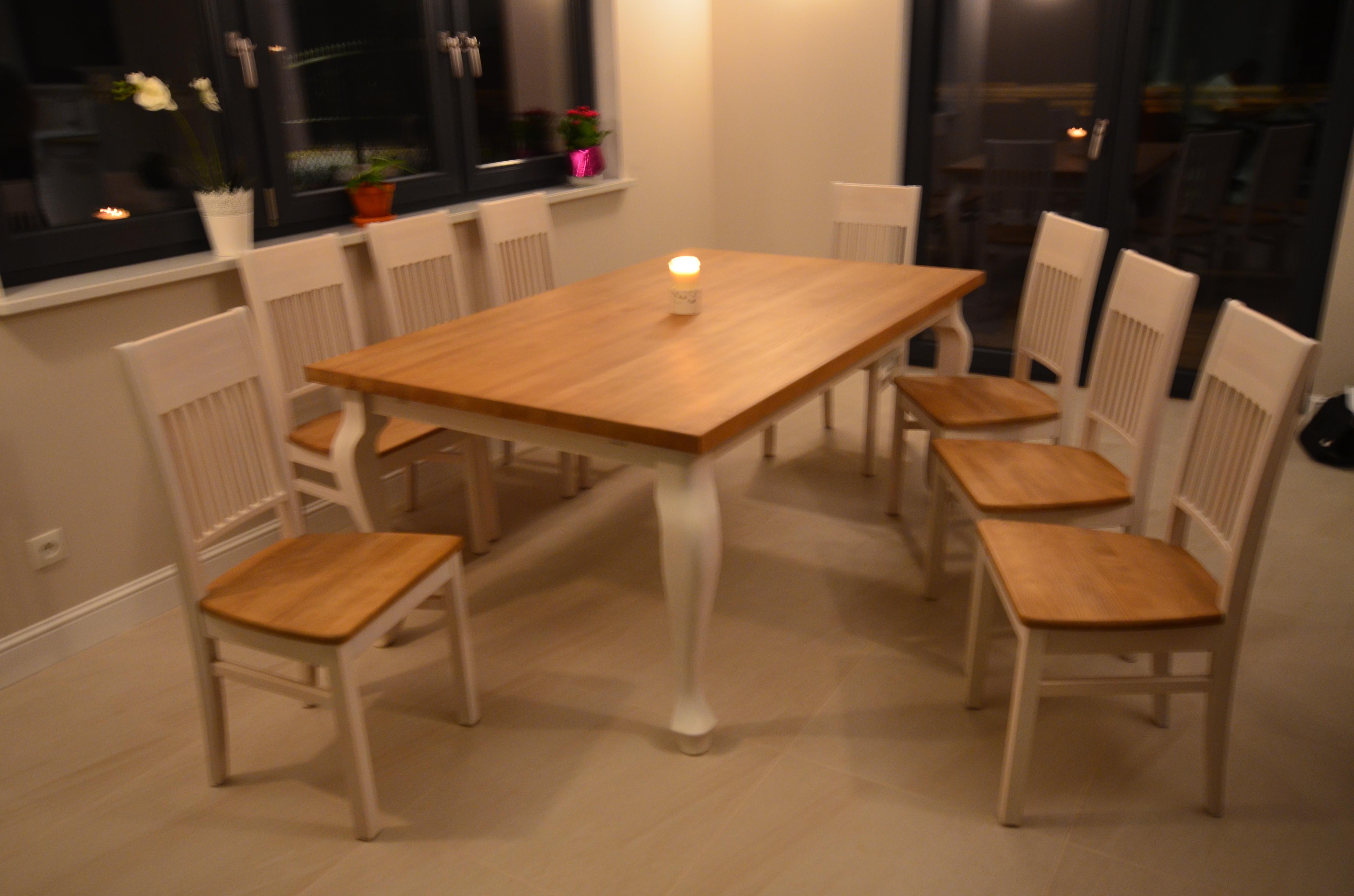 Stół drewniany z nogami typu ludwik dwubarwny