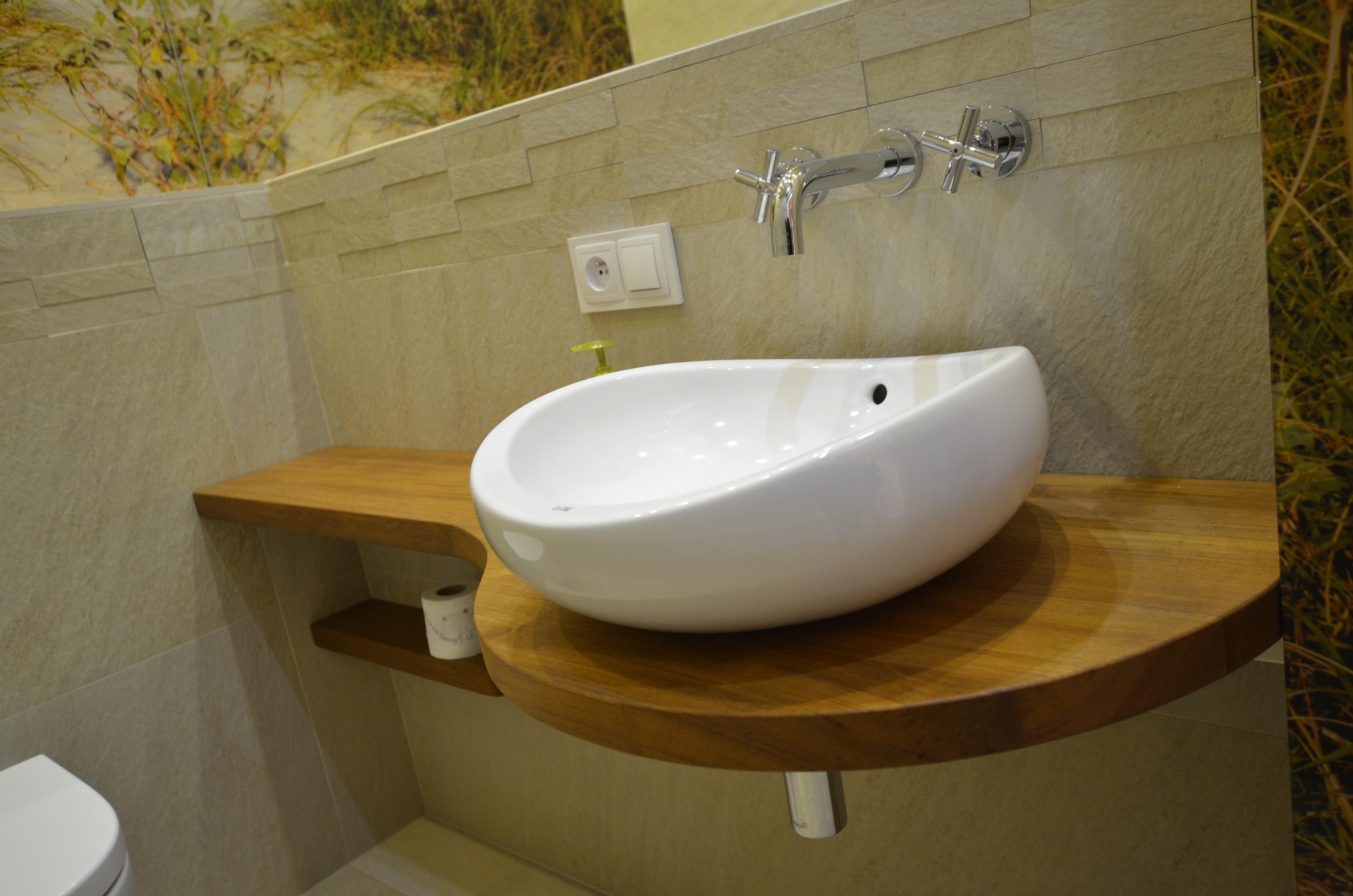 Blat pod umywalkę z drewna teakowego