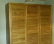 szafa z litego drewna dębowego
