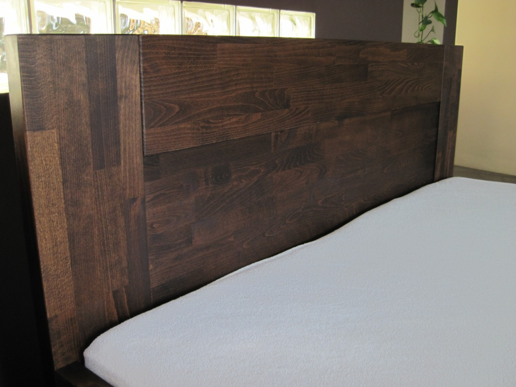 zagłówek łóżka z litego drewna