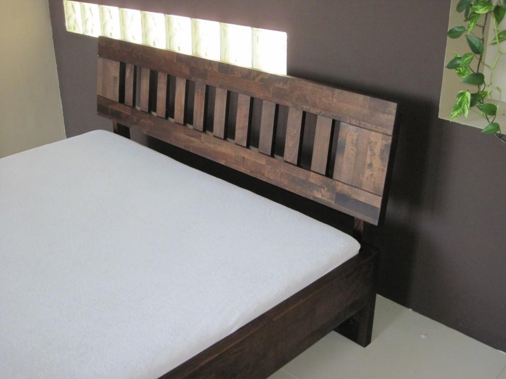 Łóżko bukowe LK1