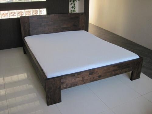 buk łóżko z drewna bukowego