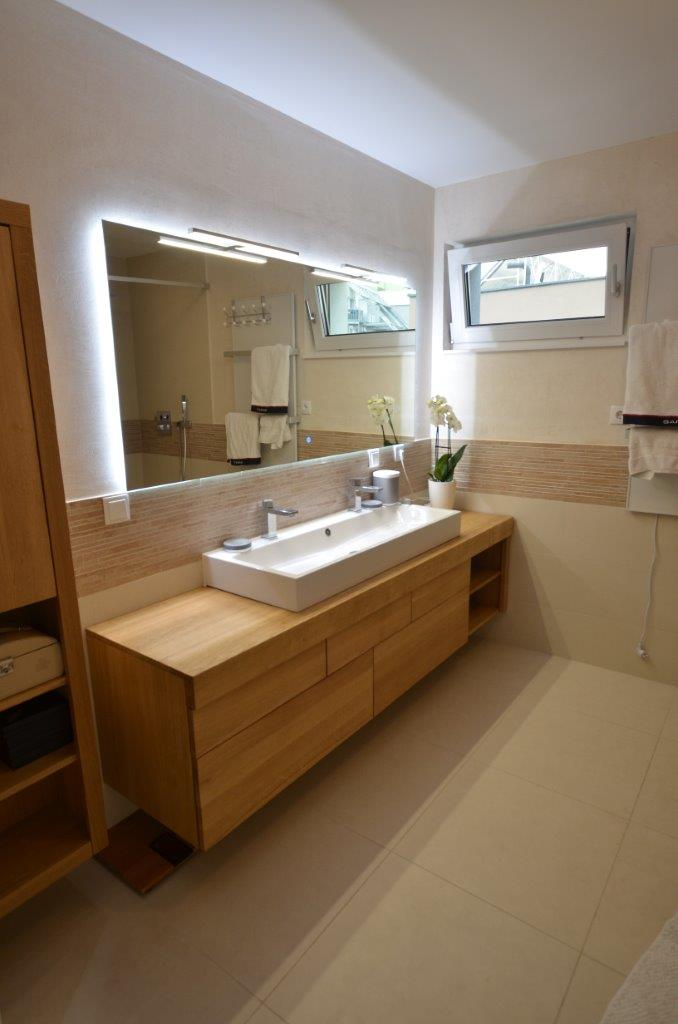 dębowe meble łazienkowe