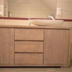 duża pojemna komoda łazienka