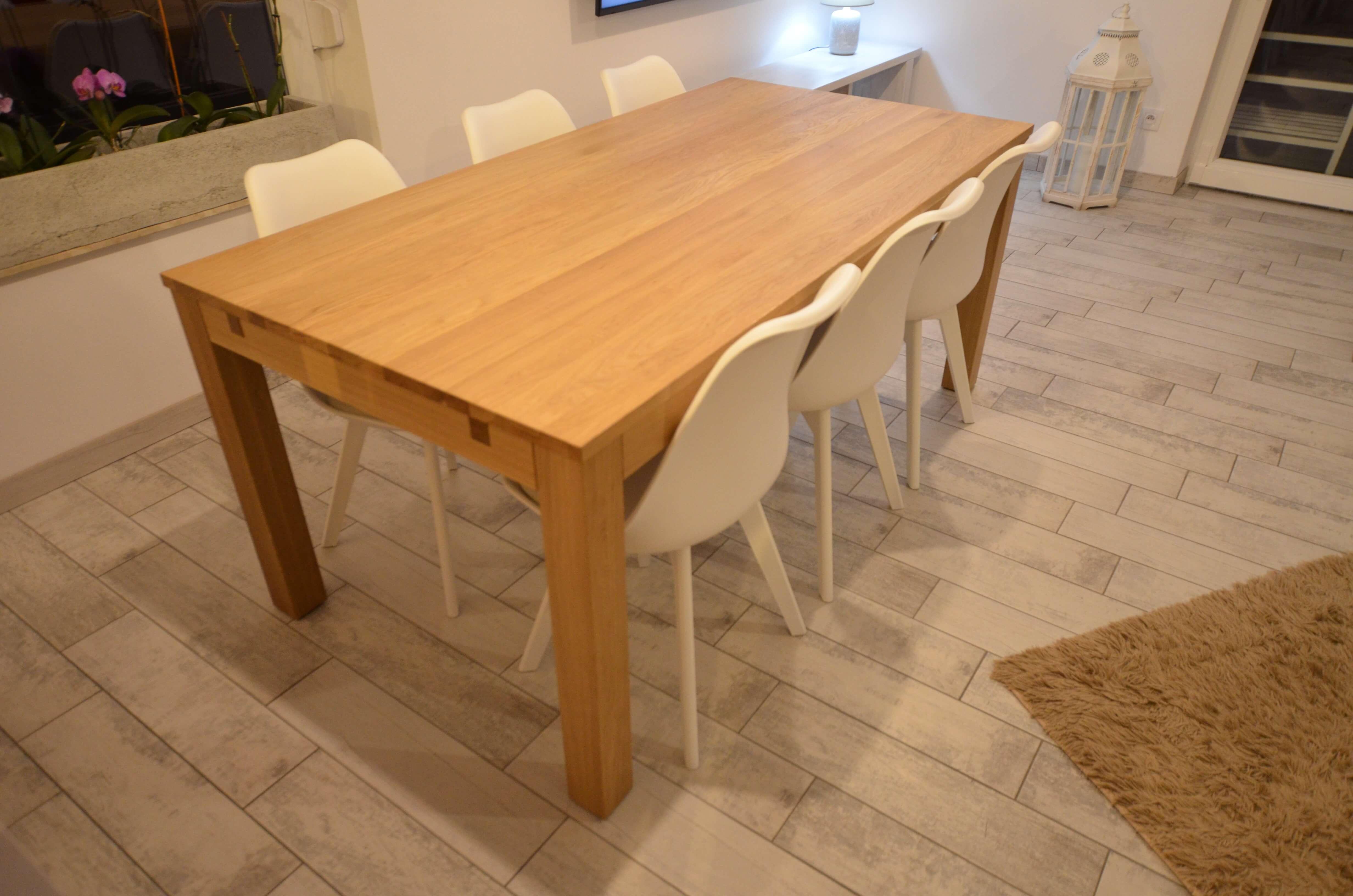 stół dębowy jadalniany