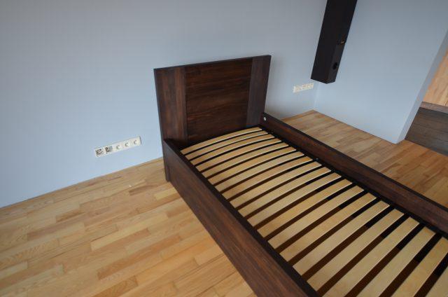 łóżko do sypialni bukowe kolor LA