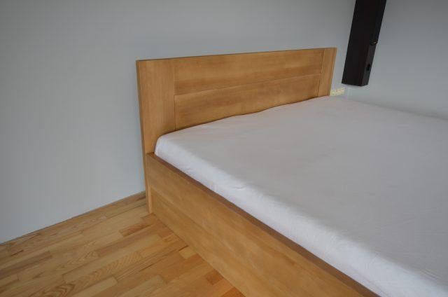 łóżko z drewna bukowego LK6 ze skrzynią
