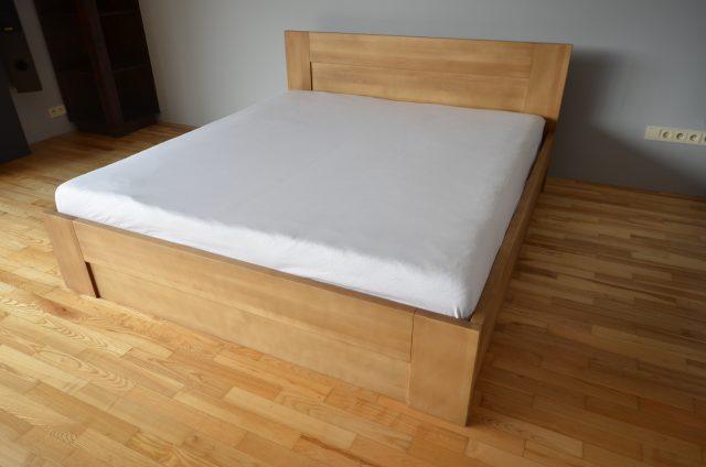 łóżko z drewna bukowego LK6 ze skrzynią i stelażem podnoszonym