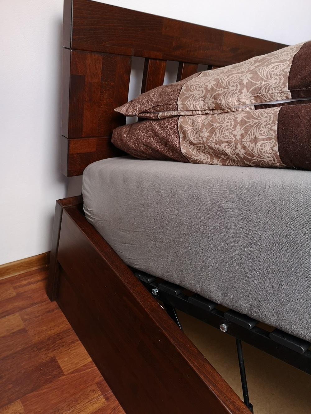 łóżko bukowe ze skrzynią kolor la zagłówek F