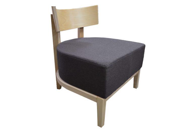 Fotel tapicerowany