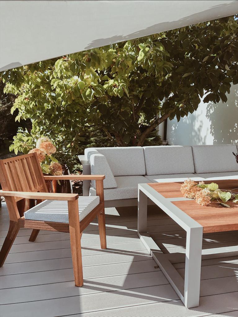 Fotel drewniany tarasowy Iroko
