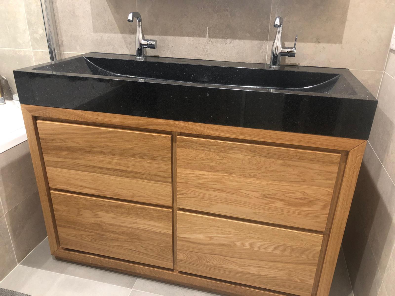 szafka łazienkowa drewniana