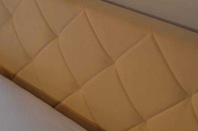 tapicerowany-zagówek-łóżka
